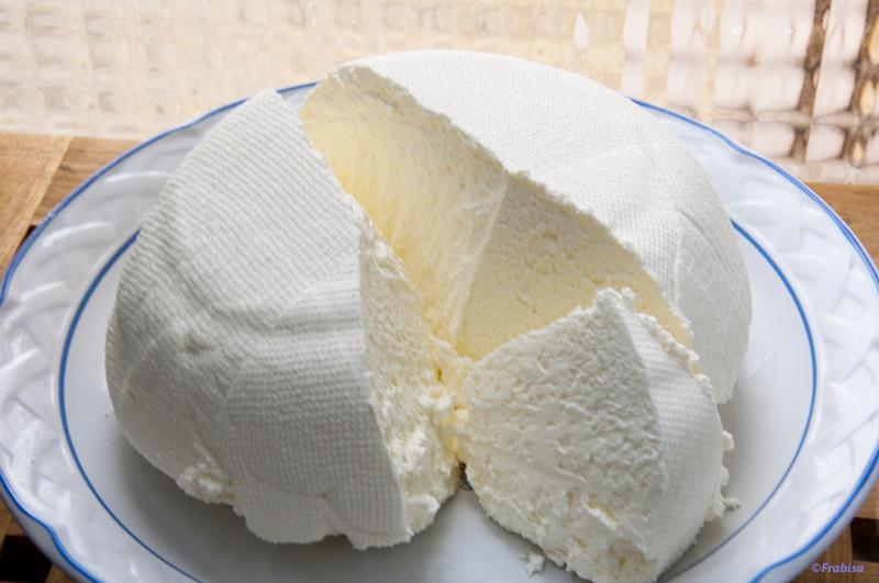 Como puedo hacer queso casero
